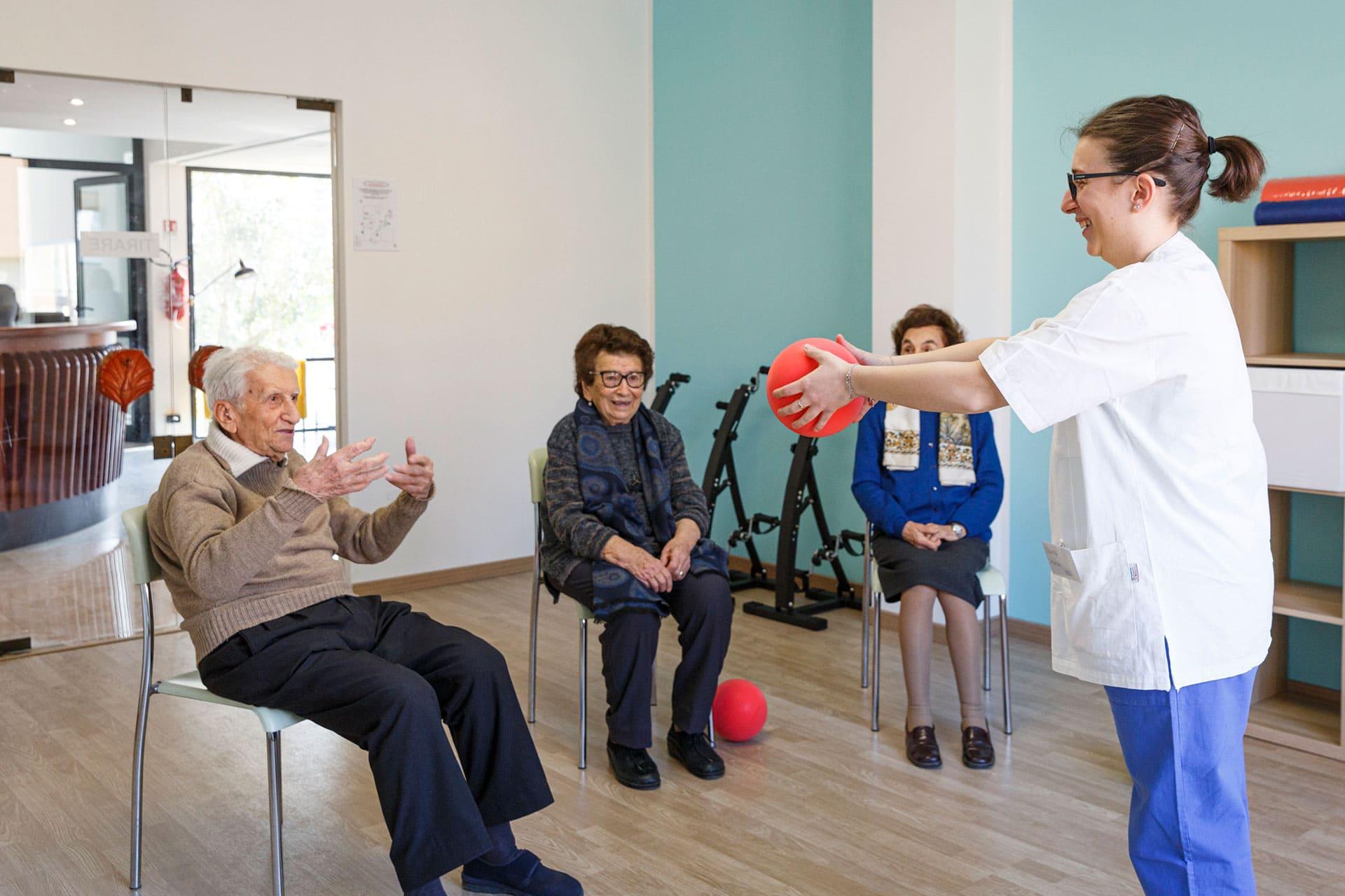 Riabilitazione e fisioterapia per anziani