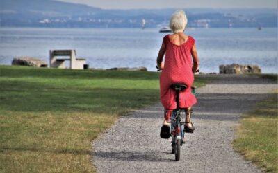 Le attività ricreative per anziani. Esercizi di memoria e altri esempi