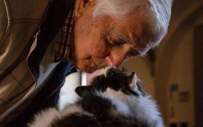 I benefici della pet therapy negli anziani